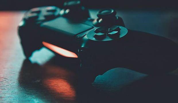 Evde kalanlar online oyun tercih etti!