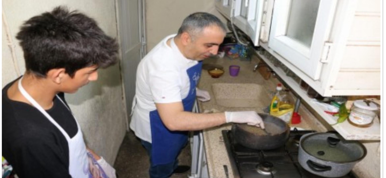 MİLLETVEKİLİ  Kaşıkçı, Taha'yla Mutfakta