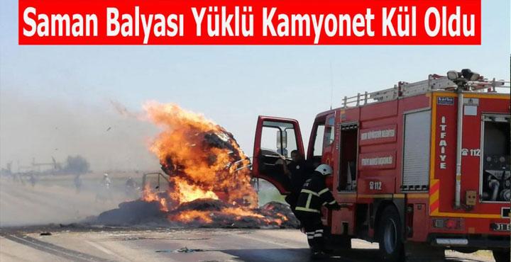 Kırıkhan'da Saman Yüklü Kamyonet Kül Oldu!