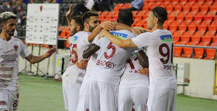 Hatayspor Ligin İlk Maçında Başakşehir'i 2-0 İle Geçti