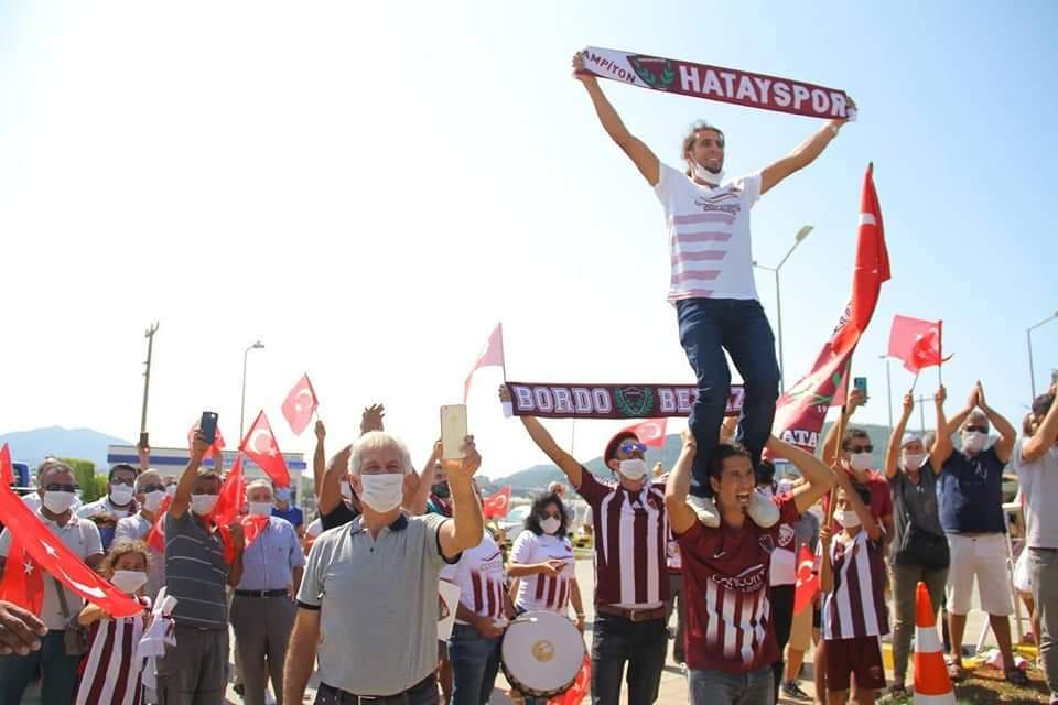 Atakaş Hatayspor'A Antalya'Da Coşkulu Karşılama Yapıldı