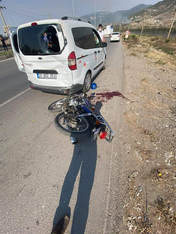 İskenderun İlçesinde Trafik Kazası 1 Yaralı