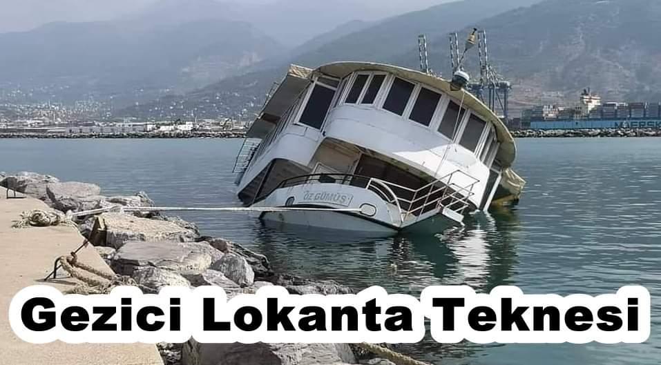 Gezici Lokanta Teknesi Battı..