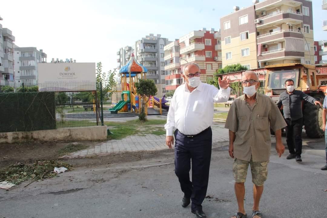 Dörtyol Belediye Başkanı Fadıl Keskin, HBB'Nin Sorumluluk Alanındaki Parklar İle Arkları Temizletti