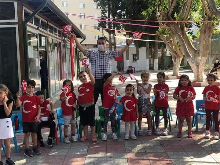 Miniklerden 29 Ekim Cumhuriyet Bayramı Etkinliği