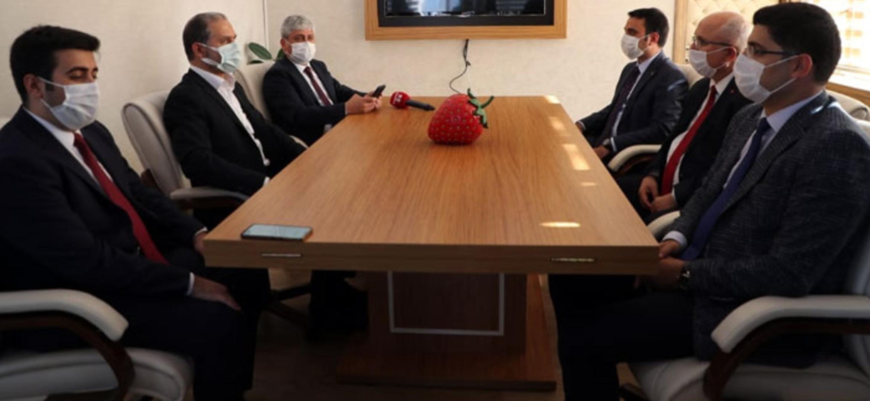 Yayladağı Çilek İşleme Tesisi Protokolü İmzalandı
