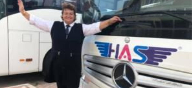 Türkiye Nin Tek Aktif Bayan Otobüs Kaptanı Nazan Çelik Has Turizm De Direksiyon Sallıyor