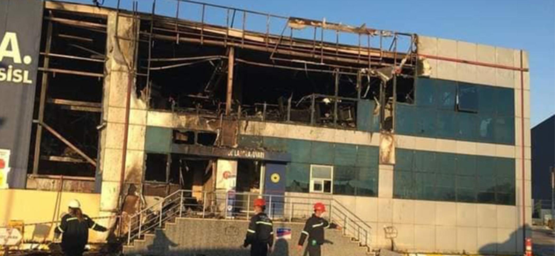 Büyükşehir İtfaiyesi Yangına Anında Müdahale Etti