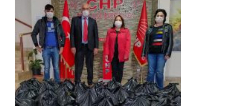 CHP Erzin Kadın Kolları İhtiyaç Sahibi Ailelere Gıda Yardımında Bulundu.