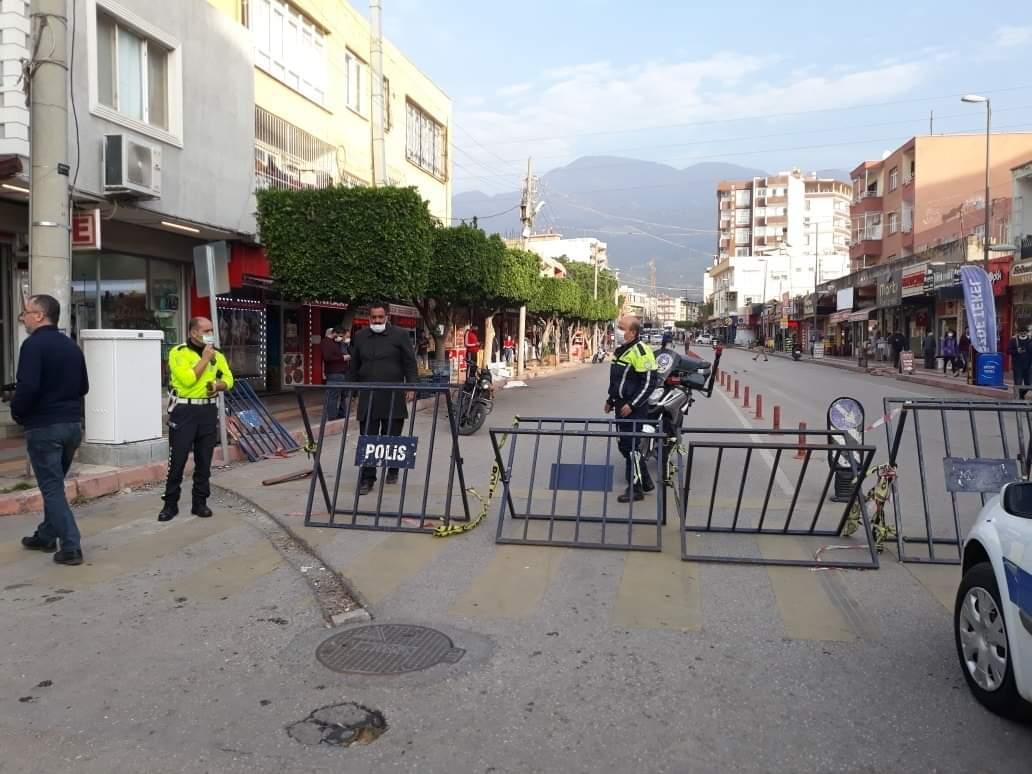 Payas'Da En İşlek Caddeler Trafiğe Açıldı
