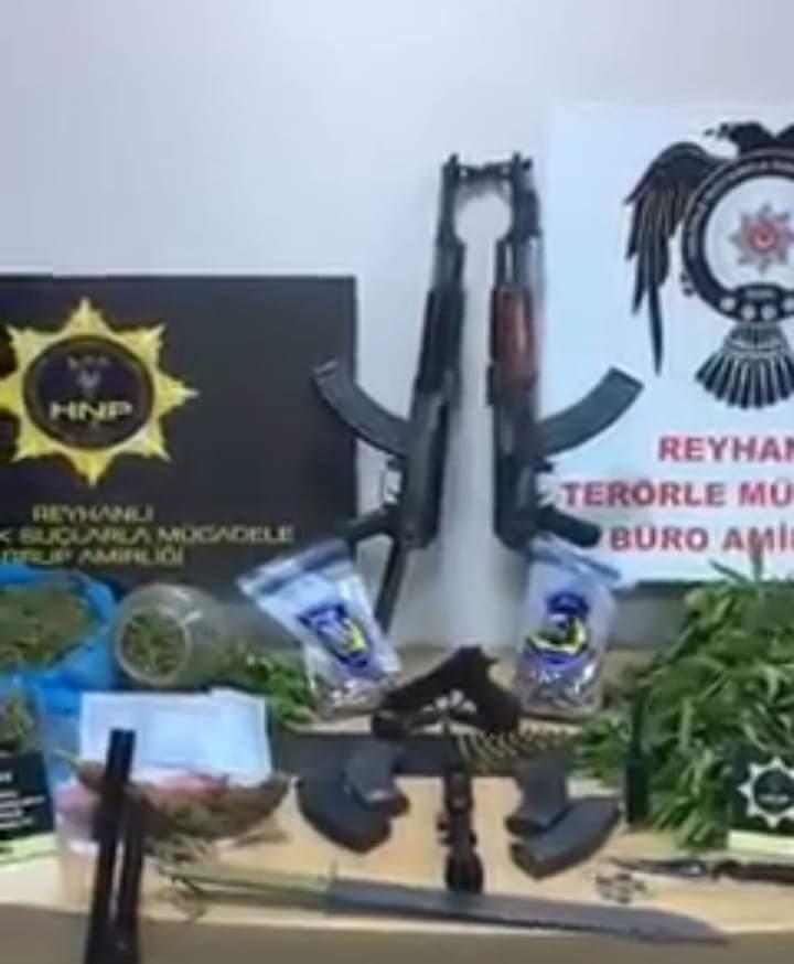 Reyhanlı'Da Uyuşturucu Ve Silah Ele Geçirildi!