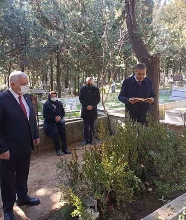 CHP' İl Vekiller Sayın' I Unutmadı
