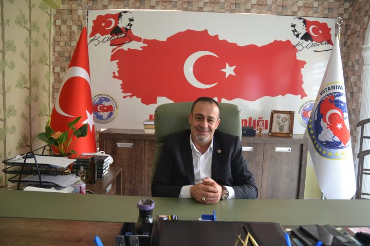 Vatanını Sevenler Federasyonu Hatay İl Başkanı Hasip Aslanoğlu'da 14 Mayıs Dünya Eczacılar Günü Kutlu Olsun