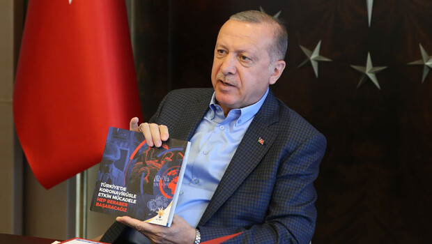 AK Parti'den 'koronavirüsle mücadele' kitabı