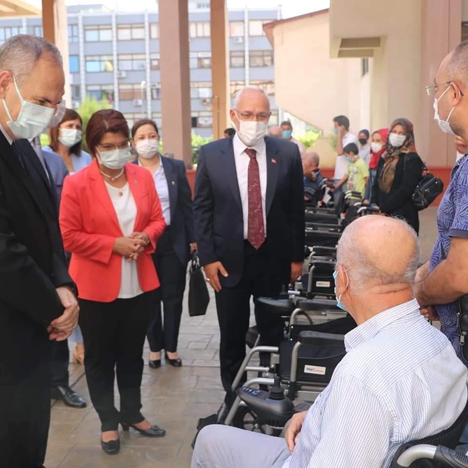 Başkan Fatih Tosyalı,Ve Şahin' Akülü Tekerlekli Sandalye Dağıtımlarımız Sürüyor